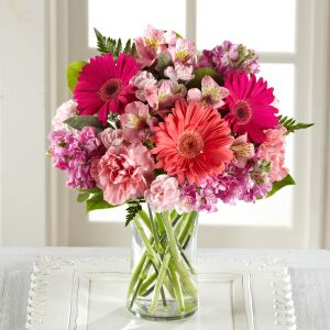 The FTD Blushing Beauty Bouquet